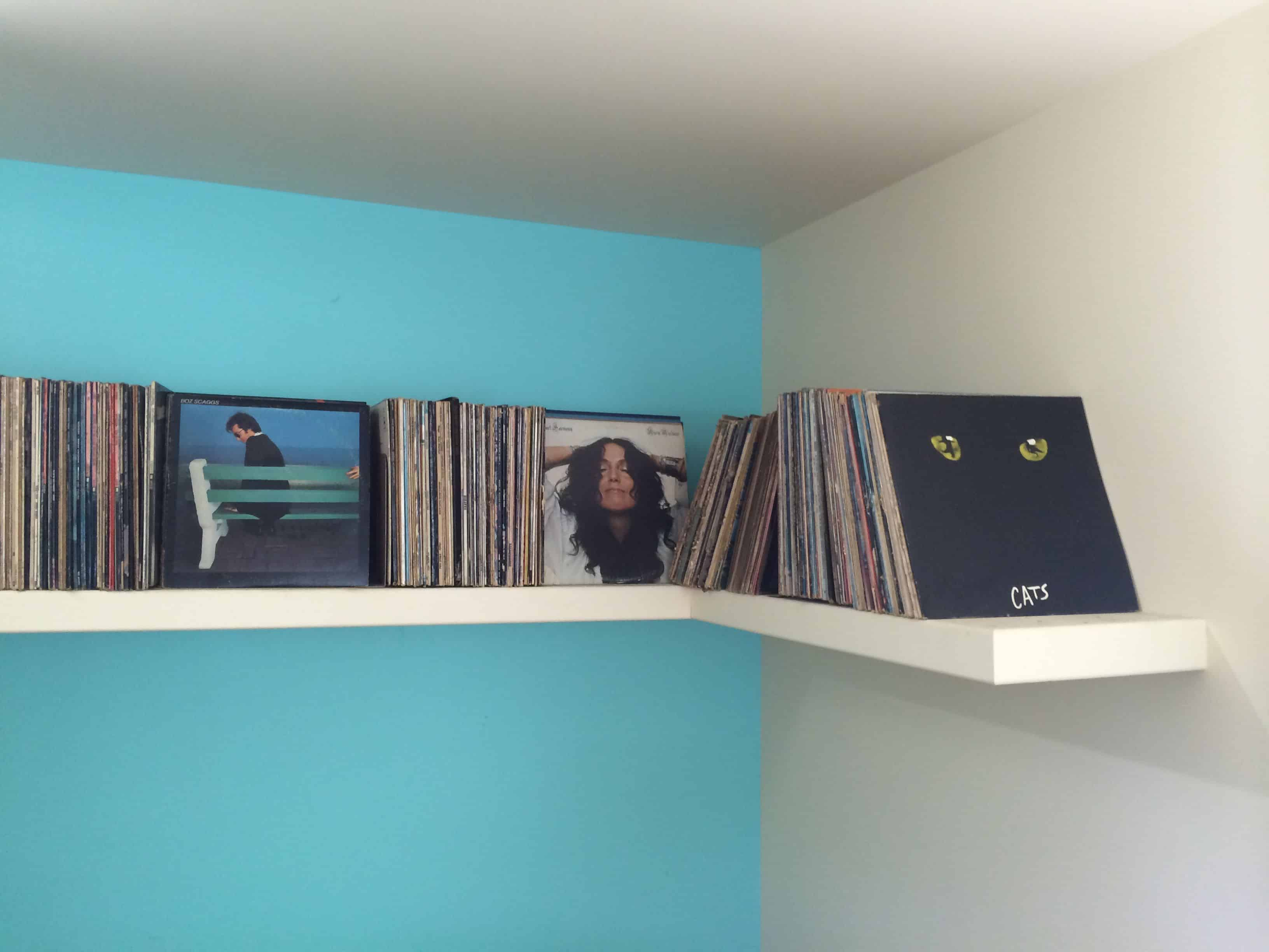 LATTA-CANTILEVERED-RECORD-SHELF